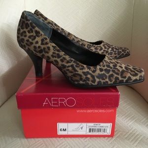 Aerosoles Envy Heels - NEVER BEEN WORN